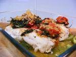 Medalhões de pescada com legumes no forno