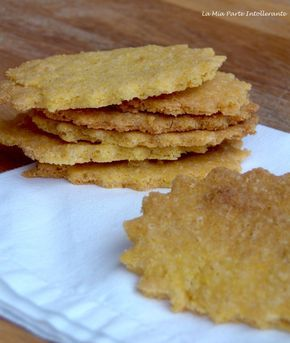 biscotti senza glutine, lattosio e lievito, con farina di mais fioretto. Facili, veloci, croccanti e ideali a colazione.