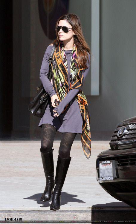 Rachel Bilson, scarf