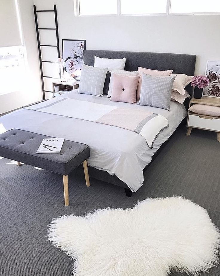 "2,554 Likes, 33 Comments - Immy + Indi (@immyandindi) on Instagram: ""Bedroom goals @megcaris.interiors Now time to watch Yummy Mummies, so hilarious """