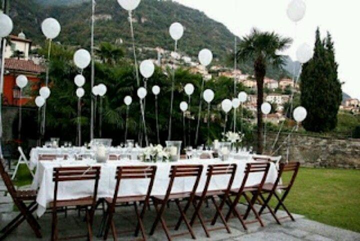 Ballon aan iedere stoel aan diner tafels bruiloft