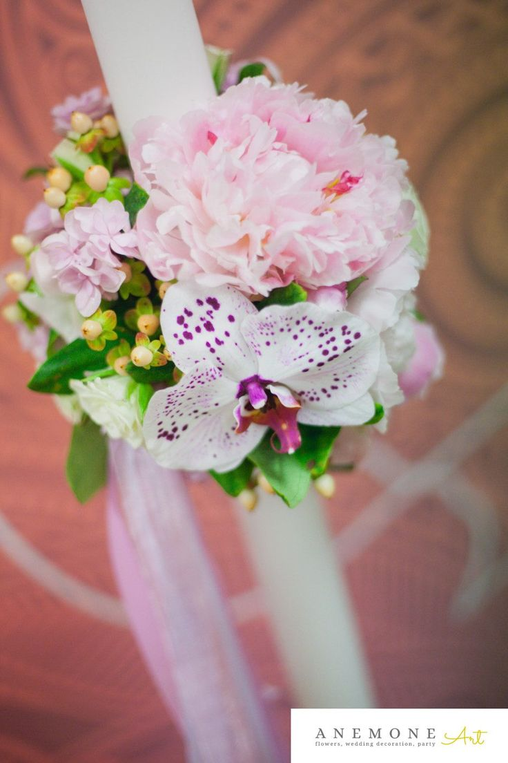 Poza, foto cu Flori de nunta bujori, lumanare botez, orhidee, phalaenopsis, roz in Arad, Timisoara, Oradea (wedding flowers, bouquets) nunta Arad, Timisoara, Oradea