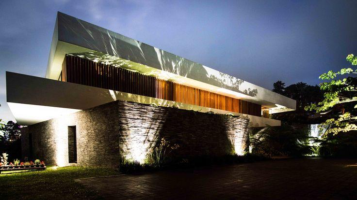 Casa Mejía  Registro Fotográfico para Grupo Q. Diseño: Arq. Camilo Mejía Bravo.  Medellín, Col.