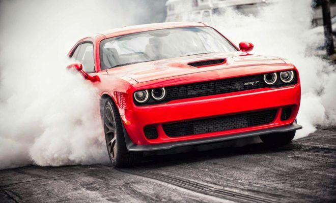 Dodge Challenger Hellcat Raises The Bar For Muscle Car Races - https://www.musclecarfan.com/dodge-challenger-hellcat-raises-bar-muscle-car-races/