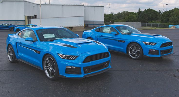Roush Shows Off Pair Of Grabber Blue Mustangs