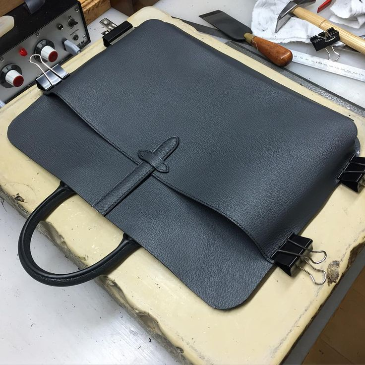 Laptop pocket for the briefcase interior