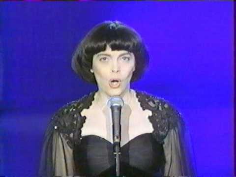 ▶ Mireille Mathieu - Non, je ne regrette rien - YouTube