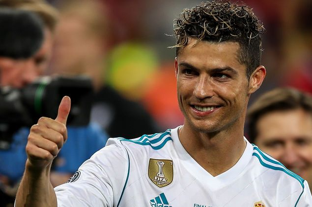 Attraktive So Reagiert Das Netz Auf Ronaldos Neue Frisur Gq Ideen 2018 Ronaldo Cristiano Ronaldo 2018 Trends
