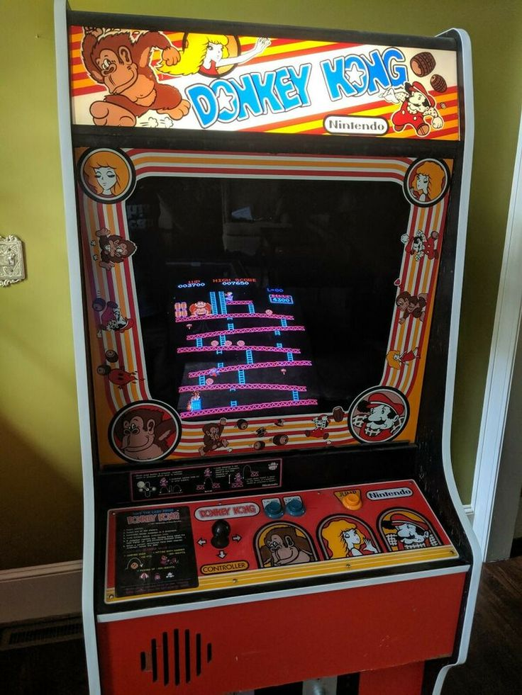 Nintendo Red Donkey Kong Arcade Machine Vintage