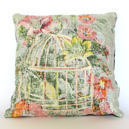 Make no mistake; this is not just a cushion. This is a vintage artwork. This magnificent cushion cover features vintage souvenir linen front in tones of pink and yellow.