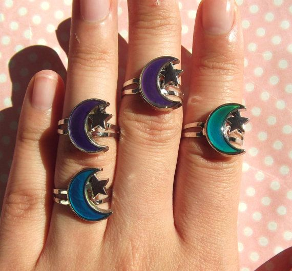 90s crescent moon mood ring by KawaiiKave on Etsy