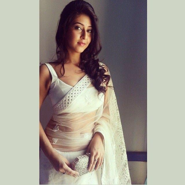 Sonarika Bhadoria Latest Hot Navel Show In Saree Picture