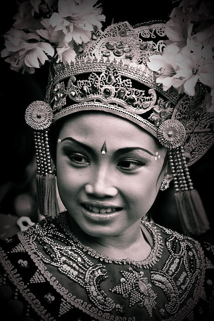 Bali beauty---this photograph would look lovely framed.