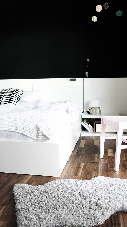 Via Annipalanni | Black and White | Bedroom | Milk Lamp