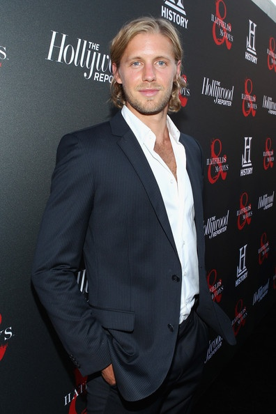 "Matt Barr Photo - The History Channel Hosts ""Hatfields & McCoys"" - Mmmmmm"
