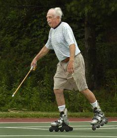 Comissão isenta idosos da contribuição para conselhos profissionais