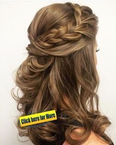 Chic Half Up Hairstyles to Flaunt This Fall