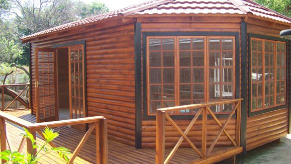 Wendy Houses And Log Cabin Doll Gaurdrooms In Pretoria Offers June Clasf Home And Garden Log Homes Wendy House House Exterior