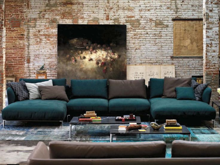 Love the colour-combination and atmosphere in this room. Pretty close to how i am planning our TV-room:)