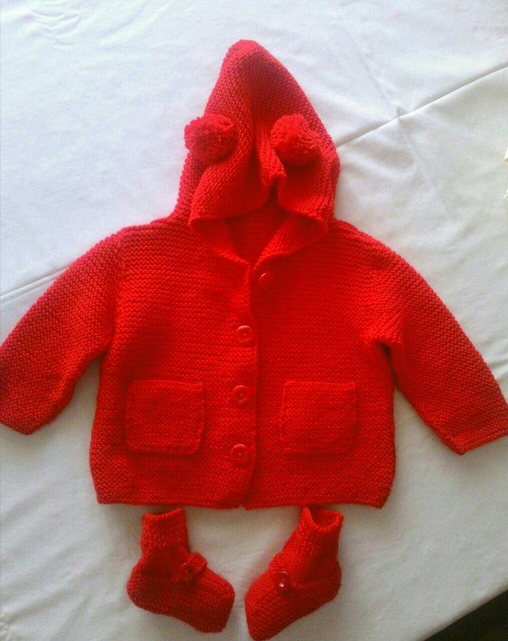 #handmade #baby bootte #baby cardigan # baby knitting work # ponpon #bebek ceketi  #bebek hırkası  #bebek  patigi #kapsonlu ceket#cute