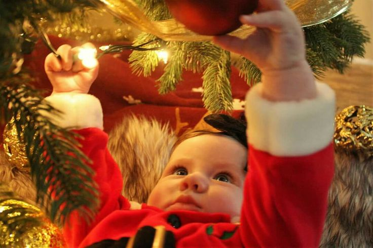 Santa baby christmas photography