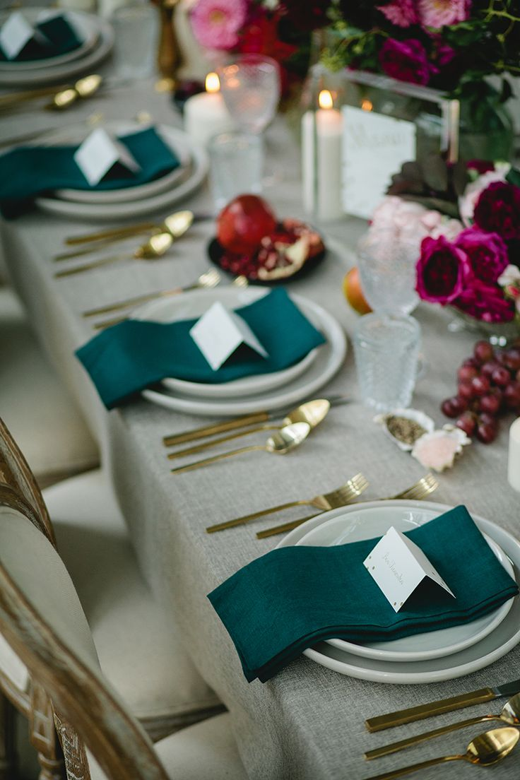 Stunning restaurant wedding reception table setting | Elleni Toumpas Photography | See more: http://theweddingplaybook.com/modern-restaurant-wedding-inspiration/
