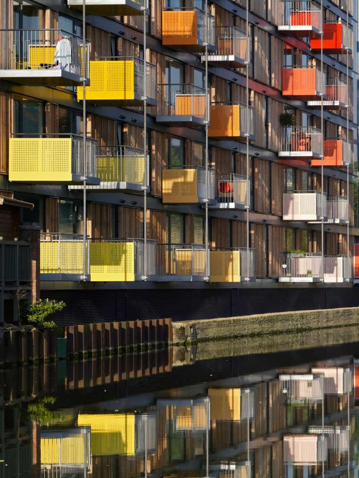 Introduction<br> Adelaide Wharf is a pioneering mixed tenure housing scheme comprising 147 new homes and 650 sq m of workspace.   Located on the Regent's Canal in Hackney, a key regeneration area of London, First Base has created sustainable, adapta...