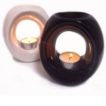 Ceramic oil burners for aromatherapy essential oils give a lovely fragrance with pure essential oils and are a fantastic gift idea.   ceramic oil burners , oil burners