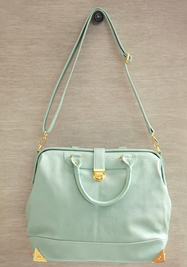 City Girl Mint Purse  If this were a neutral color I would bring this everywhere. Hit me up if there's such a purse.