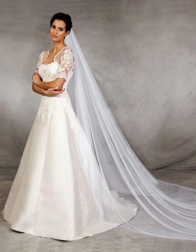 16 besten Brautkleider \