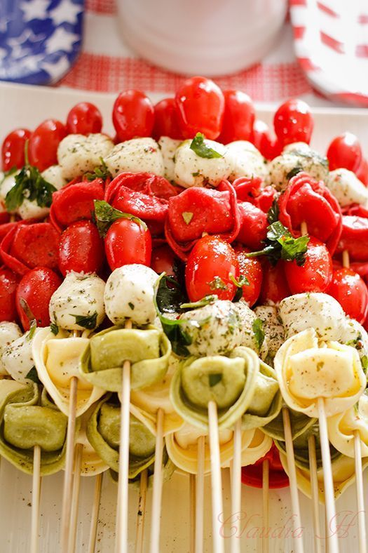 TORTELLINI KABOBS RECIPE. Perfect party food! #Saucesome labor day party #party #laborday