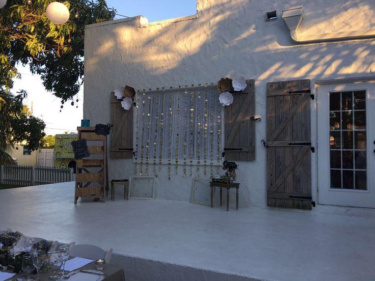 Garden Wedding. Photo booth