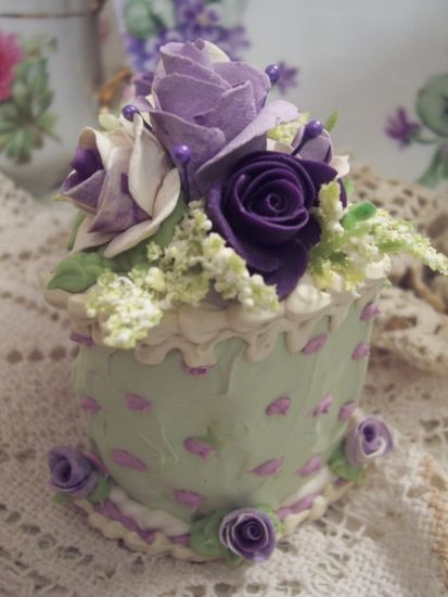 (mandy) Fake Food Slice of Cake Shabby Pink Roses Victorian