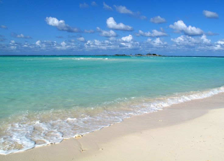 A guide to Green Turtle Cay's spectacular beaches. (Green Turtle Cay, Abaco, Bahamas)