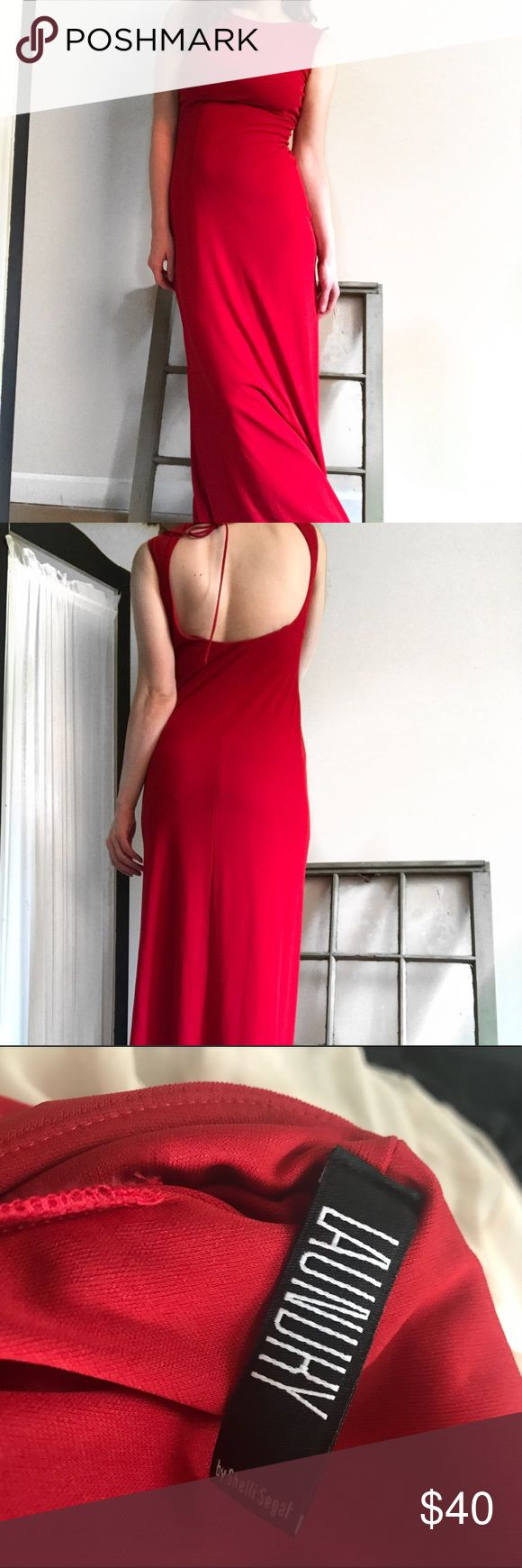 Floor Length 90s Red Dress by Laundry Shelli Segal Xmas sale! Markdowns from now until 12/19. High neck, open back. This ties at the neck, for a very flattering look. This dress is absolutely stunning. #reddress #ladyinred #maxidress #designerdress Laundry By Shelli Segal Dresses Maxi