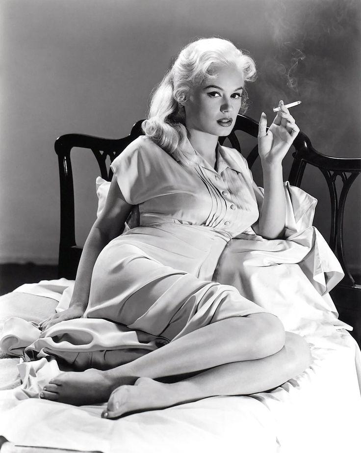 Mamie Van Doren, Femme Fatale