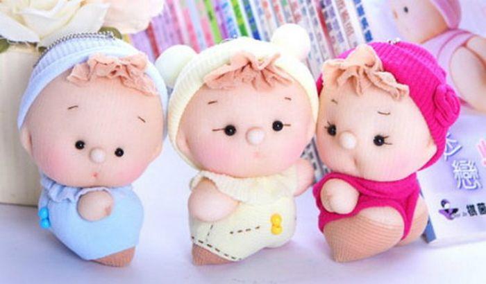 Милые пупсы из капроновых носков… Забавная игрушка за один вечер!