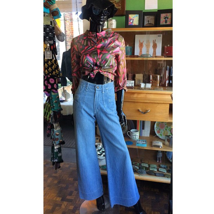 #vintage #psychedelic blouse and denim #bellbottoms, both available in store and #online. Link in bio to shop. ✌️ . . #heytiger #shopheytiger #vintagefashion #vintagestyle #vintageshop #style #fashion #fallfashion #oneofakind #onlineshop #etsyshop #etsyseller #etsyvintage #instavintage #outfitpost #outfit #ootd #outfitoftheday #wtw #trippy #60s #70s #boho #hippie #flares
