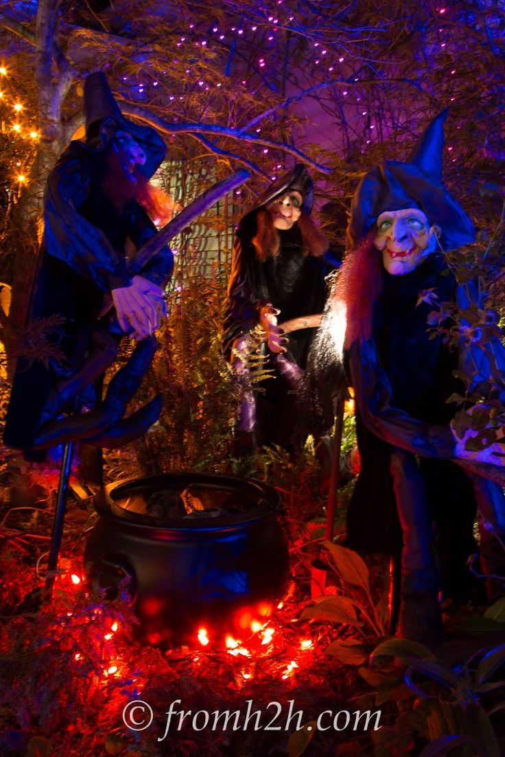 208 best HALLOWEEN !!! images on Pinterest Halloween prop - Scary Halloween Yard Decorating Ideas