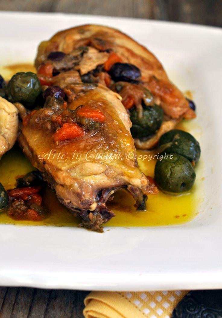 Pollo con olive e capperi a succhittu