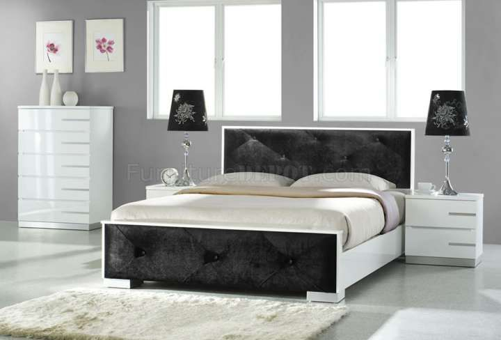 11+ Beautiful Black Shiny Bedroom Furniture Collection ...