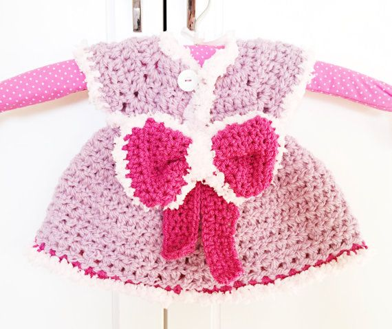 Check it out this listing! #newborn #babydress with a gorgeous #pink #bow