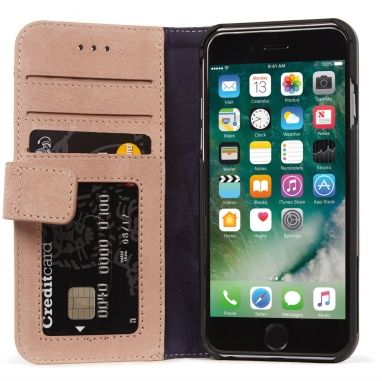 Decoded Wallet Case iPhone 7/iPhone 6(s) rosé  SHOP ONLINE: http://www.purelifestyle.be/shop/view/technology/iphone-beschermhoezen/decoded-wallet-case-iphone-7-iphone-6s-rose
