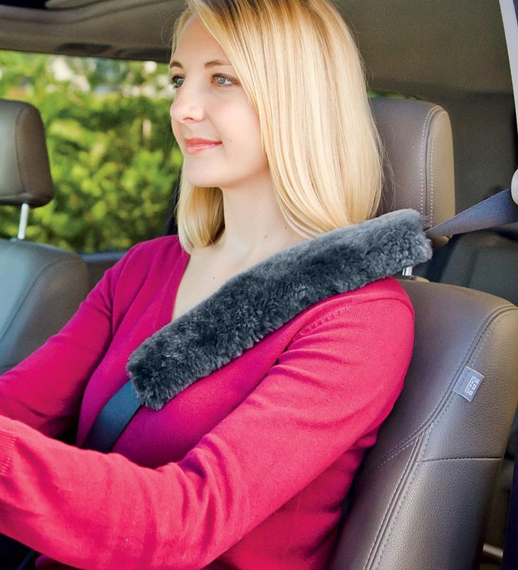 Sheepskin Seatbelt Cover prevents rubbing and chafing and keeps you comfortable while driving. Great for long trips and daily commutes.