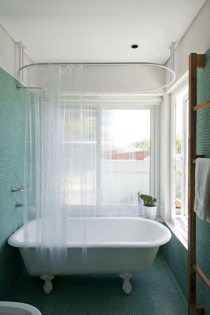 Soporte para cortina ba era proyecto de nido lab para mi ba o pinterest ideas para - Soportes para cortinas ...