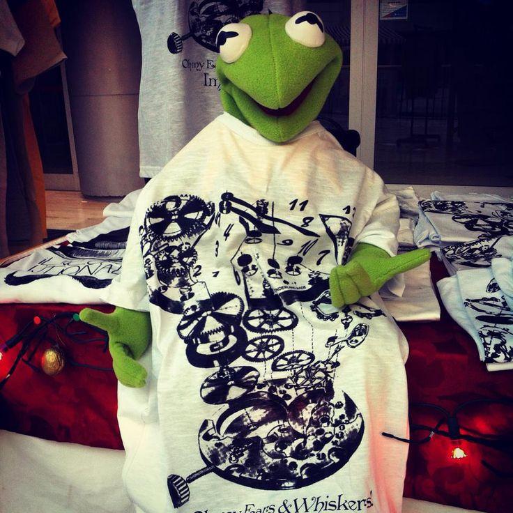 #Kermit Love #Unconventional #T-shirt!