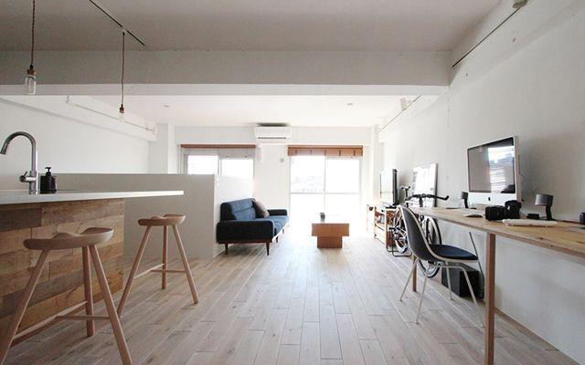 リノベーションで横浜の住まいを手にしたOさんの家は、生活と趣味のバランスをとてもうまく取った家。リノベーションを手がける「nuリノベーション」で紹介されています。写真と自転車が趣味のOさんが選んだのが、横浜市鶴見区にある、築28年のマンションでした。3