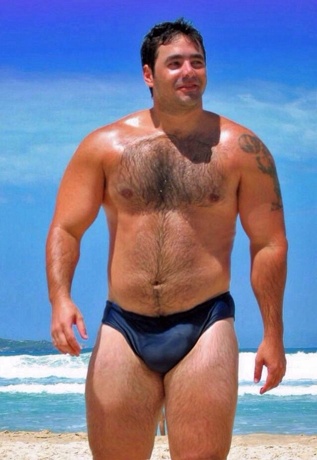 Daddy-Type Men, Youngolder Action And Stocky Guys  Bear -3015