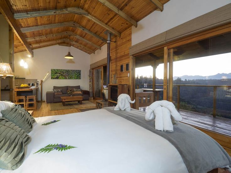 Knysna forest Cliffhanger self catering accommodation cottages and chalets in Rheenendal, South Africa - perfect for honeymoons and romantic getaways