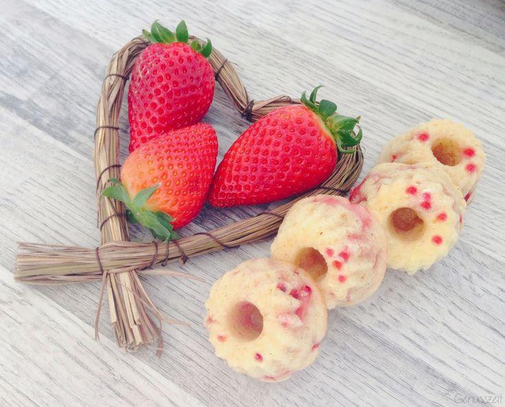 Erdbeer-Eierlikör-Gugl #ichbacksmir #gugl